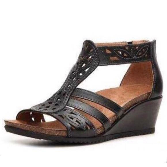 c82702227f9 Earth Origins Shoes - Earth Origins Gladiator Sandals size 8